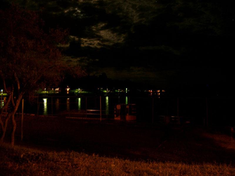 20080421192414_stranges licht