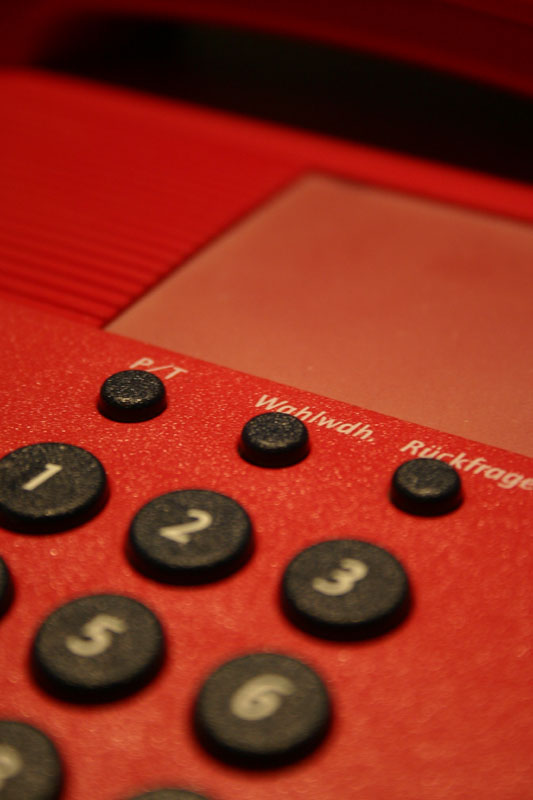 20080616122817_red_phone