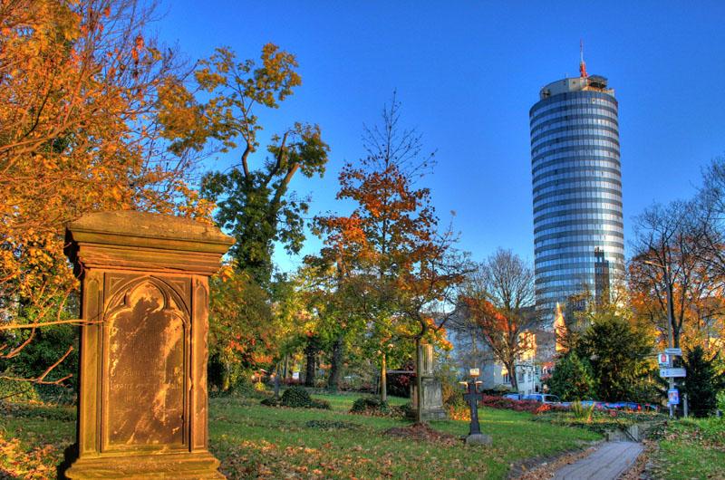 20081022121133_stadtfriedhof